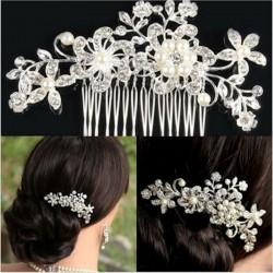Crystal Rhinestone Flower Pearls Hair Clip Hair Comb
